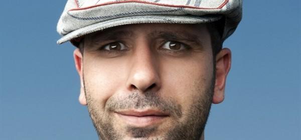 #Checco Zalone e la canzona comica: Immigrato ci piace